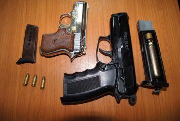 Αλβανός έκρυβε όπλα στο Μενίδι