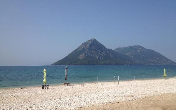 Εξαιρετικής ποιότητας τα νερά στο 97% των παραλιών της Ελλάδας