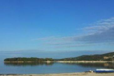 Συμβολικός καθαρισμός της παραλίας της Βόνιτσας