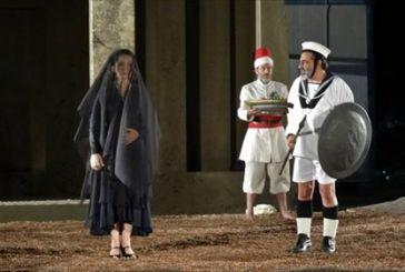 """50 παραστάσεις σ'όλη την Ελλάδα για την """"Ελένη"""""""