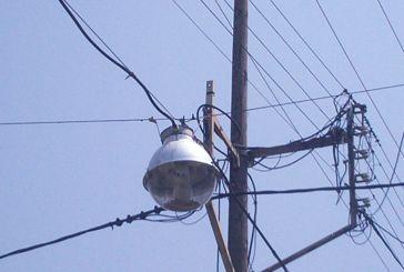 Συνεχείς διακοπές ρεύματος εδώ και μέρες στο Μύτικα