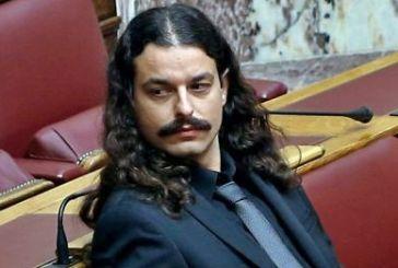 Μέσα σε πανδαιμόνιο η Βουλή ψήφισε άρση ασυλίας για Μπαρμπαρούση