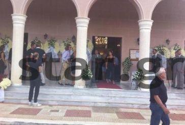 Σπάραξαν καρδιές στην κηδεία του Μ. Ασλάνη