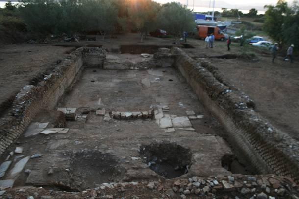 Στο Άκτιο αναδύεται ο αρχαϊκός ναός του Απόλλωνα