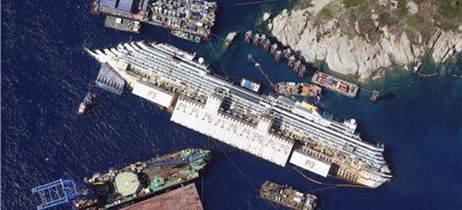 Δείτε live τη γιγαντιαία επιχείρηση ανέλκυσης του Costa Concordia [βίντεο]