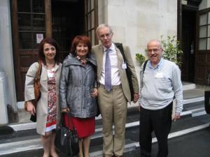 Από αριστερά Δρ. Μαρία Σχοινά, Ροδάνθη φλώρου, Λόρδος Byron 13os, Δρ. Αργυρός Πρωτόπαπας