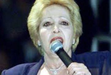 Απεβίωσε η σπουδαία λαϊκή τραγουδίστρια Πόλυ Πάνου