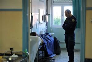 Καλά στην υγεία τους οι διασωθέντες, επαφές με Συρία για τη μεταφορά τους