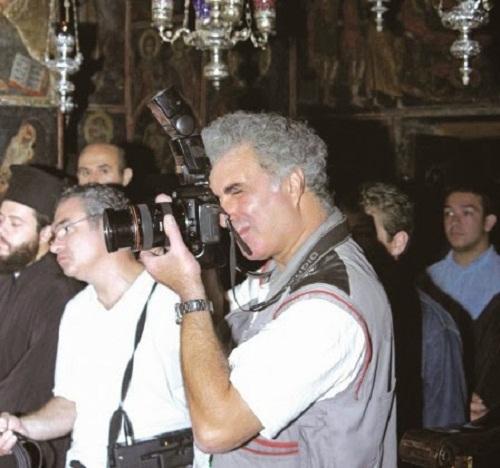 Χρήστος Μπόνης: Ο Αστακιώτης φωτορεπόρτερ με τα «ιερά» κλικ!