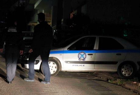 Απείλησαν με μαχαίρι ιδιοκτήτη ταβέρνας στη Κανδήλα