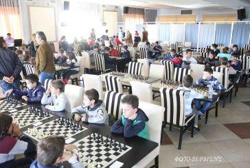 Oι νικητές του 1ου Σχολικού Πρωταθλήματος Σκακιού Αγρινίου (φωτορεπορτάζ)