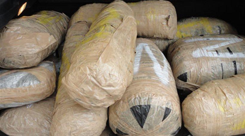 Συλλήψεις στην Ιόνια Οδό για μεταφορά χασίς