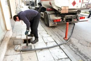 Σταγόνα σταγόνα αγοράζουν το πετρέλαιο θέρμανσης
