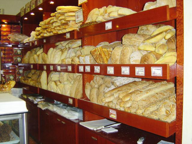 Αρτοποιοί Αγρινίου: τηρούμε όλους τους κανόνες υγιεινής, ψωμί για τέσσερις ημέρες το Μ.Σάββατο