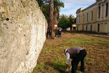 Μεσολόγγι:Εθελοντές καθάρισαν το παλίο νοσοκομείο Χατζηκώστα