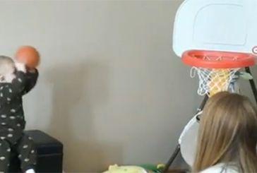 Αυτό είναι το μωρό που κάνει τους αθλητές του μπάσκετ να τρέμουν