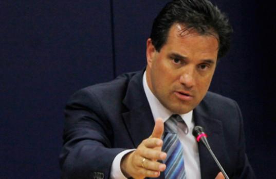 Γεωργιάδης: Τι προβλέπεται στο «πάγωμα» πληρωμής επιταγών