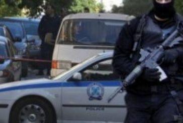 Συναγερμός στην ΕΛ.ΑΣ.:Εντοπίστηκε αυτοκίνητο-γιάφκα με ρουκέτες και καλάσνικοφ