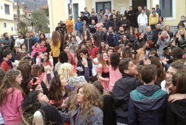 Κέφι και χορός στο καρναβάλι της Κανδήλας!