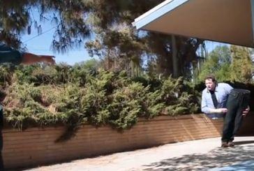 Φάρσα: Ανδρας κόβει τον εαυτό του στη μέση και τρομοκρατεί τους πάντες [βίντεο]