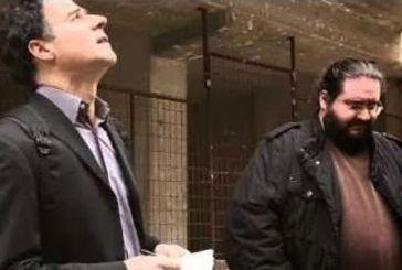 O Μητσικώστας σε ρόλο Σταύρου Θεοδωράκη ψάχνει ψηφοφόρους για το Ποτάμι και σκορπάει απίστευτο γέλιο [βίντεο] |