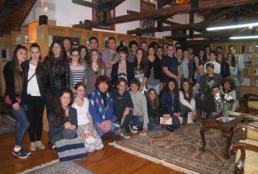Ιταλοί μαθητές ξεναγήθηκαν στα βήματα του Λόρδου Βύρωνα