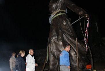 Το Άγαλμα της Ελευθερίας κοσμεί την Πύλη του Μεσολογγίου