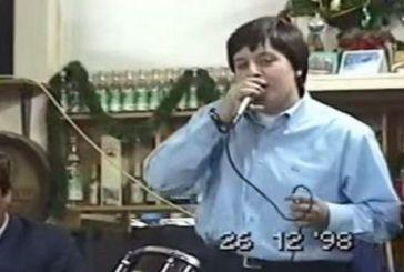 Ένα μοναδικό ΒΙΝΤΕΟ! Η Γωγώ Τσαμπά τραγουδά σε πανηγύρι το 1998