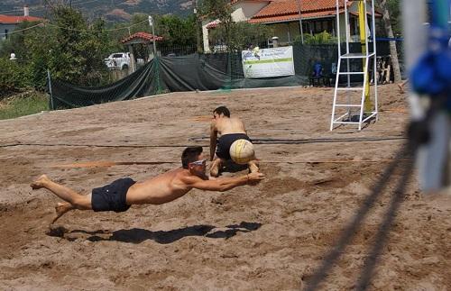 Ξεκινούν τουρνουά beach volley από την Ομόνοια Ναυπάκτου