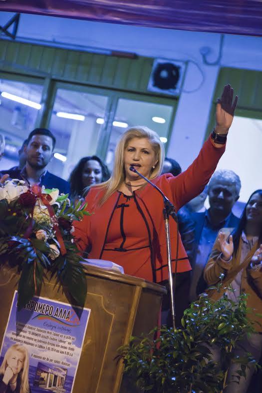 Nτίνα Σαμαρά στις Φυτείες: Η νίκη είναι δική μας