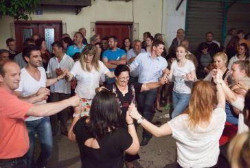 Βίντεο από το γλέντι στο εκλογικό κέντρο του Ερωτόκριτου Γαλούνη
