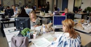 Δημοτικοί υπάλληλοι: Τι προβλέπει νέος νόμος για υπερωρίες, επίδομα ασθένειας και αποσπάσεις