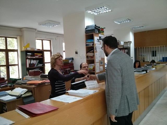 po-farmakis-periodia4