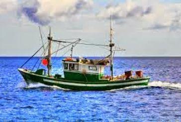 Χωρίς άδεια αλιείας οι ερασιτέχνες ψαράδες