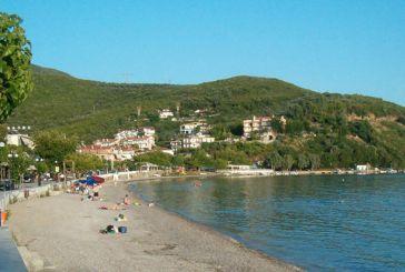 """Αλιείς: """"Σοβαρότητα και υπευθυνότητα για την ακτή Μενιδίου"""""""