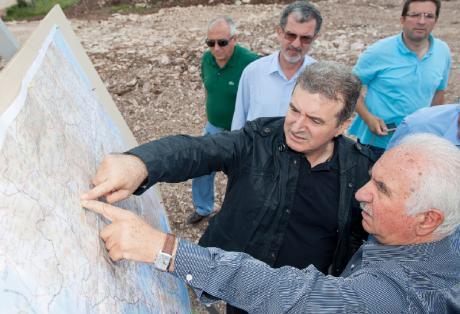 Επιμένει ο Χρυσοχοϊδης: Η Ιόνια Οδός θα έχει ολοκληρωθεί το 2015