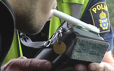 Αγρίνιο: Οδηγούσε μεθυσμένος, ενεπλάκη σε τροχαίο και συνελήφθη