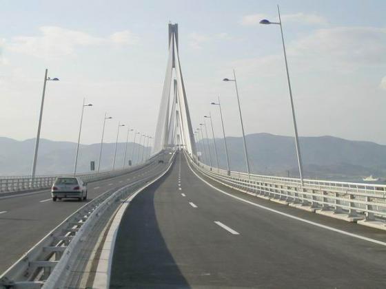 Αυτοκτονία στη Γέφυρα Ρίου-Αντιρρίου