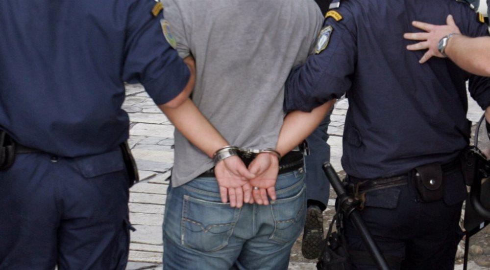 Συνέλαβαν ανήλικο δραπέτη στο Αγρίνιο