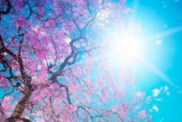 Ζέστη και ηλιοφάνεια σε όλη τη χώρα –Ανεβαίνει ο υδράργυρος