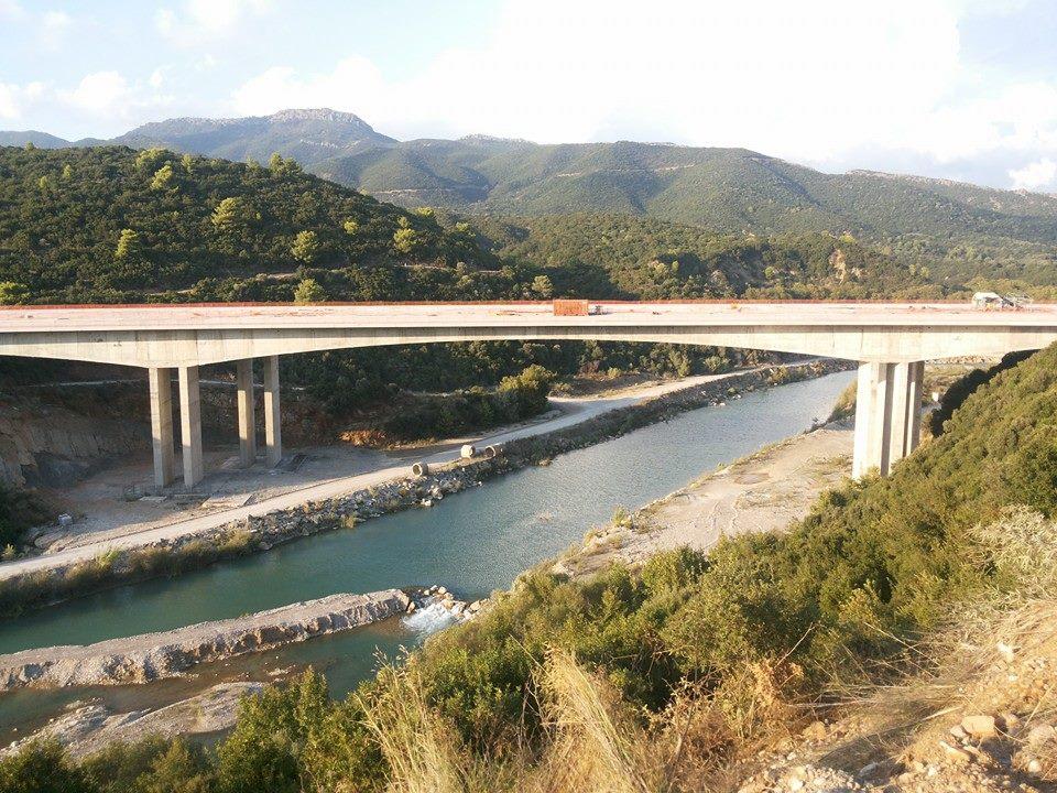 Η νέα γέφυρα στον Εύηνο