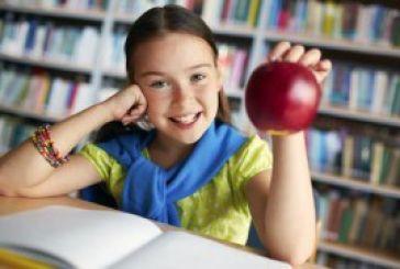Δωρεάν διανομή φρούτων στα σχολεία
