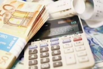 Ρυθμίσεις σε δύο στάδια για ληξιπρόθεσμα σε Δημόσιο και τράπεζες -Τι ακριβώς θα ισχύσει με τις 100 δόσεις