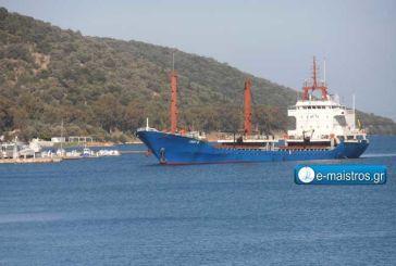 Φορτηγό πλοίο από Ρουμανία με σταθμό το λιμάνι της Αμφιλοχίας.