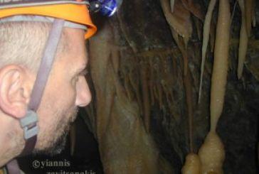 Επίσκεψη – εξερεύνηση στο Σπήλαιο Κωνωπίνας από τον  Γιάννη Ζαβιτσανάκη