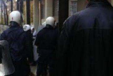 Διαψεύδει η Αστυνομία για τραυματισμούς, στον Εισαγγελέα αύριο το μεσημέρι οι συλληφθέντες