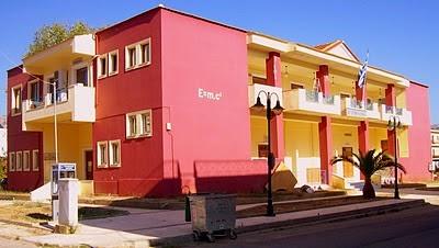 Έγκριση απομάκρυνσης μεταλλικών κολωνακίων στην παραλιακή οδό Αστακού