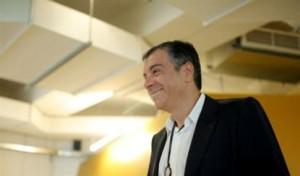 Στ.Θεοδωράκης: Να ψηφίσουμε γνώση και θάρρος, όχι τσαμπουκάδες