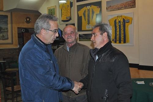 Ο Σάκης Τορουνίδης με κατοίκους χωριών του δήμου Αγρινίου