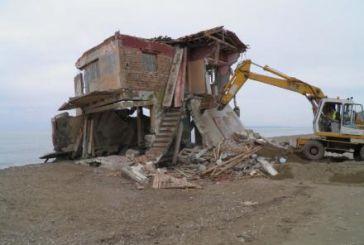 Kατεδαφίσεις αυθαιρέτων στην Αιτωλοακαρνανία